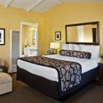 Photo de Monterey Peninsula Inn