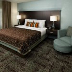 Photo de Staybridge Suites Alpharetta North Point