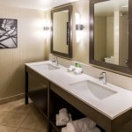 Photo of Holiday Inn Express Hotel Vancouver Metrotown