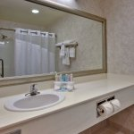 Photo of Holiday Inn Express Lethbridge