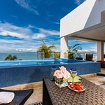 3 BEDROOM BEACHFRONT SUITE