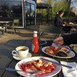 Photo de Garden Cafe