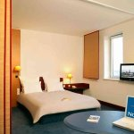 Photo de Novotel Suites Hamburg City hotel
