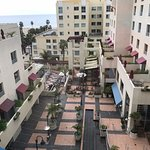 Photo de JW Marriott Santa Monica Le Merigot
