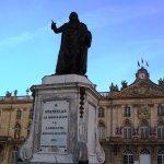 La statue Stanislas devant l'Hôtel de ville