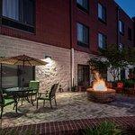 Photo de SpringHill Suites Statesboro University Area