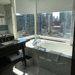 deluxe one bedroom suite bathtub