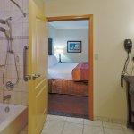 Photo of La Quinta Inn & Suites Dallas South - DeSoto