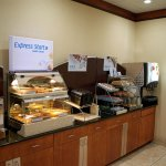 Photo de Holiday Inn Express Suites Mason