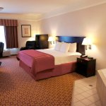 Photo de La Quinta Inn & Suites Mansfield