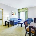 Foto de La Quinta Inn & Suites Cedar Hill