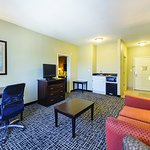Photo of La Quinta Inn & Suites San Antonio The Dominion