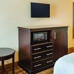 Photo of La Quinta Inn & Suites Mobile Satsuma / Saraland