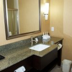 Photo de Holiday Inn Express Hotel & Suites Clemson - Univ Area