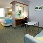 Photo de SpringHill Suites Indianapolis Downtown
