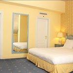 Photo de Hotel La Barcarolle