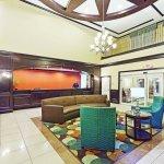 Photo de La Quinta Inn & Suites McKinney