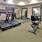Foto de Holiday Inn Express Hotel & Suites Topeka North