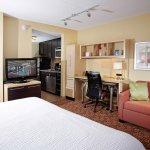 Photo de TownePlace Suites Sudbury
