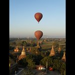 Balloons over Bagan - sunrise