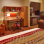Photo de TownePlace Suites Elko