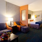 Photo of Holiday Inn Express Hotel & Suites Knoxville West - Papermill Dr