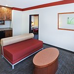 Photo of La Quinta Inn & Suites Dallas Love Field