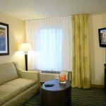 Photo de Candlewood Suites Denver Northeast - Brighton