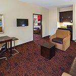 Photo of La Quinta Inn & Suites Elk City