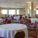 Photo of La Quinta Inn & Suites Springfield