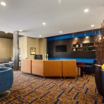 Lobby Sitting Area at Courtyard by Marriott Little Rock North