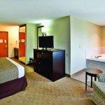 Photo of La Quinta Inn & Suites Frankfort