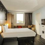 Ibis St Genis Pouilly Geneve