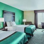 Photo of La Quinta Inn & Suites Sioux Falls