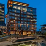 Courtyard Buffalo Downtown/Canalside