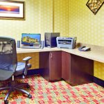 Photo of La Quinta Inn & Suites Warner Robins - Robins AFB