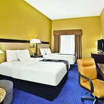 Photo of La Quinta Inn & Suites Mt. Laurel - Philadelphia