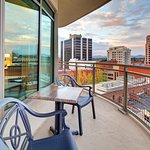 Hampton Inn & Suites Roanoke - Downtown