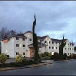 Photo of Peppermill Empress Inn