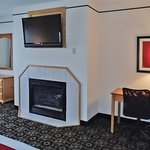 Photo de Quality Inn & Suites University