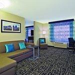 Photo of La Quinta Inn & Suites Fairborn Wright-Patterson