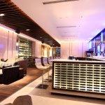 Lounge Bar at The Lalit New Delhi