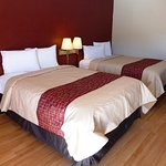 Photo of Red Roof Inn & Suites Texarkana
