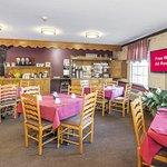 Photo of Red Roof Inn Uhrichsville