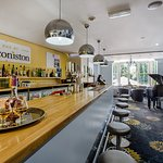 Holiday Inn Sittingbourne The Coniston Bar