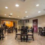 Photo de Quality Inn & Suites NJ State Capital Area