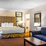 Foto de Rodeway Inn & Suites El Cajon San Diego East