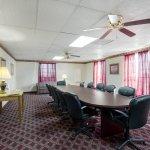 Photo of Econo Lodge Inn & Suites