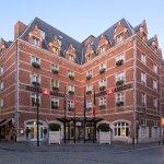 Hotel Amigo - Facade