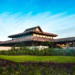 Foto de Indura Beach & Golf Resort, Curio Collection by Hilton